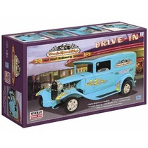 Minicraft Models Dave's Speed Shop Hot Rod Delivery, 1/16 Scale