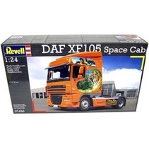 REVELL DAF XF 105 SPACE CAB RED WITH TIGERS  1/24 07496