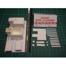AUSLOWE FORD LN 9000 TANKS