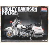 ACADEMEY HARLEY POLICE BIKE