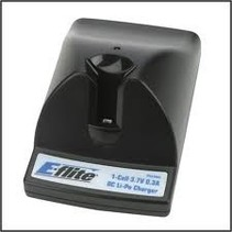 EFLITE 1 CELL 3.7V 0.3A DC LI-PO CHARGER ( REQUIRES 4AA BATTERIES  )