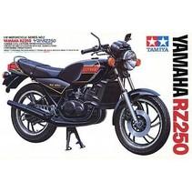 TAMIYA YAMAHA RZ250 1/12 MOTORBIKE MODEL