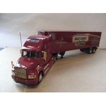 MATCHBOX COLLECTIBLES MILLENNIUM TRACTOR TRAILER SPECAIL EDITION  DYM37796