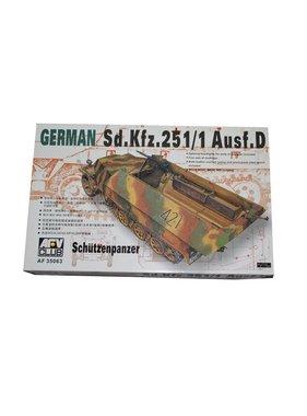 AFV AFV CLUB 1/35 Sd.kfz.251/1 Ausf.d Schutzenpanzer WW II German