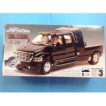 Testors SUPER CREWZER FORD F-650 Black Pickup Truck 1:24 Scale Metal Body Model Kit