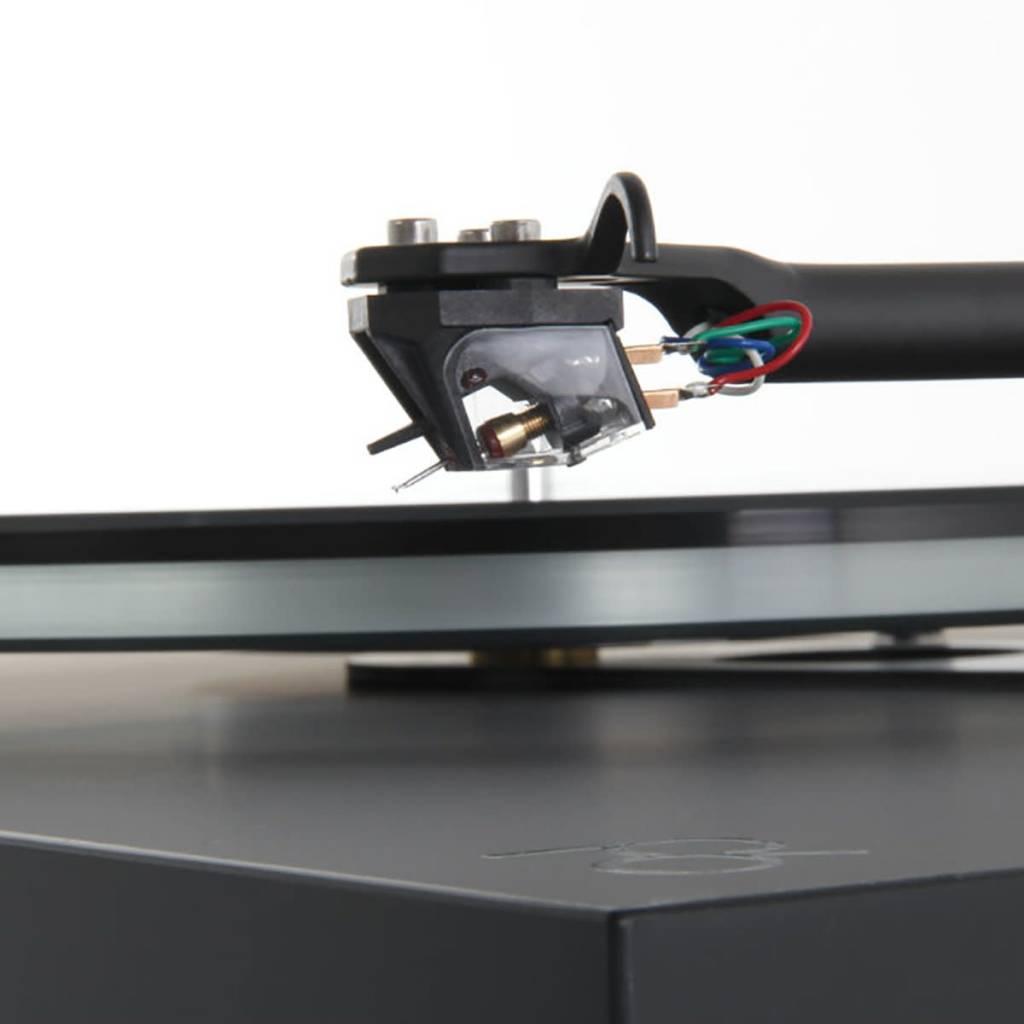 Rega Research Planar 6 with Ania MC Cartridge