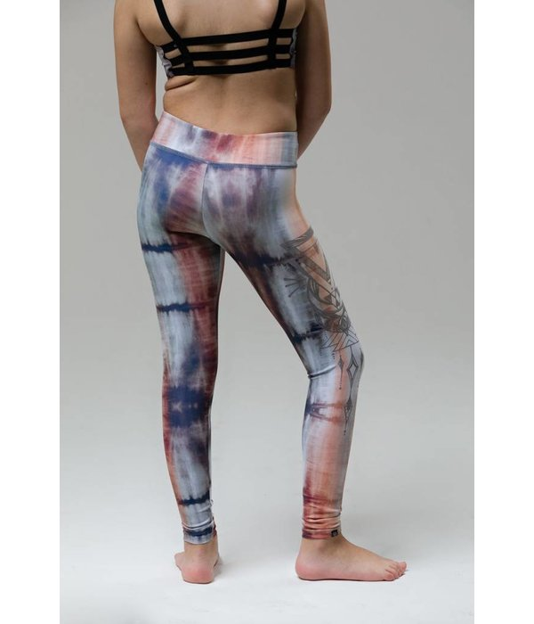 GRAPHIC LEGGING - MANTRAS