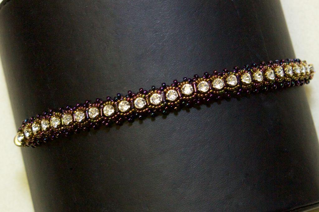 A Night on the Town Bracelet Kit - Swarovski Round Cupchain & Seed Beads