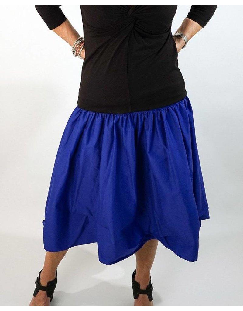 L&B- Tuck Skirt