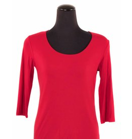 Lousje & Bean Scoop Top 3/4|Red XS only