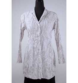 Cut Loose Cut Loose- Crinkle Shirt -Size M only