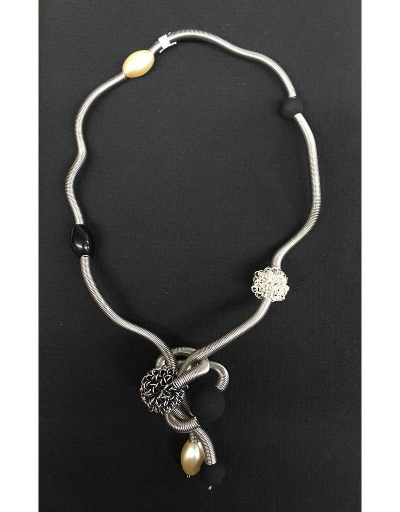 Sandrine Giraud Sandrine Giraud- Blk/Pearl Snake Necklace