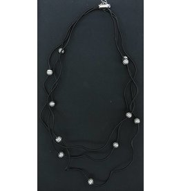 Sandrine Giraud Sandrine Giraud- Small Black WirePearl Necklace