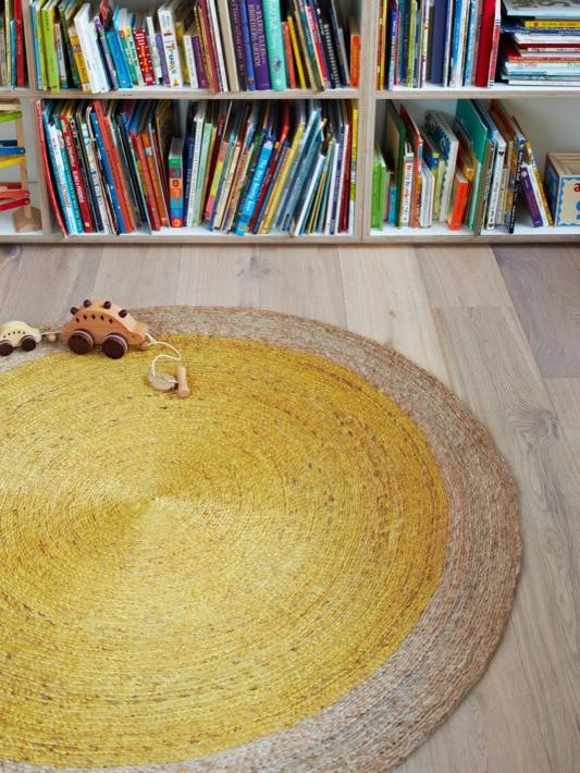 ARMADILLO Armadillo & Co Pinwheel Rug Natural Border
