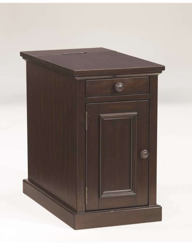 Signature Design Laflorn, Chairside End Table, Sable T127-551