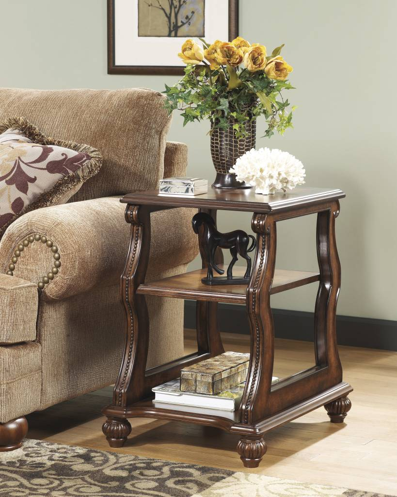 Signature Design Shelton, Chairside End Table, Dark Brown T489 7