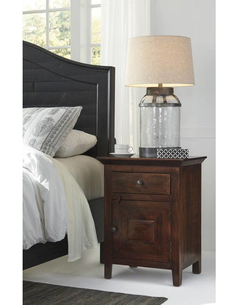 Signature Design Charlowe Night Stand - Warm Brown