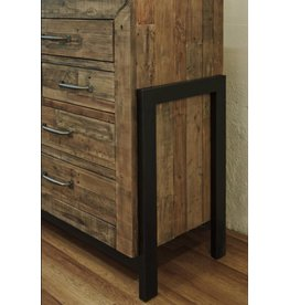 Signature Design Sommerford Dresser - Brown