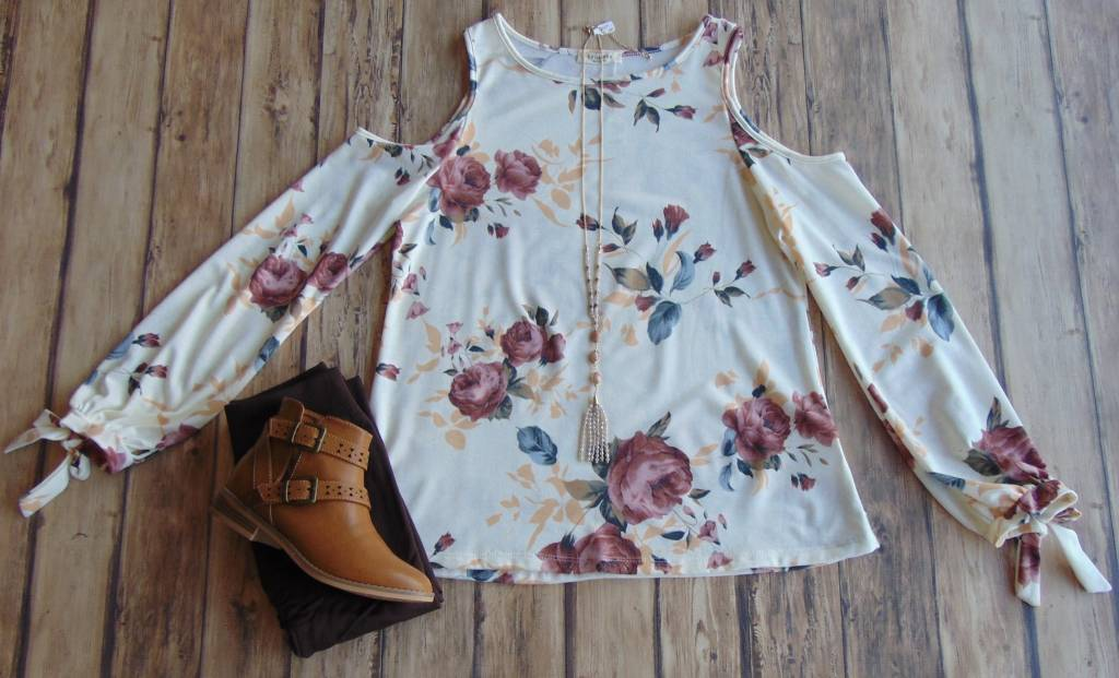 A Little Ditty Floral Top