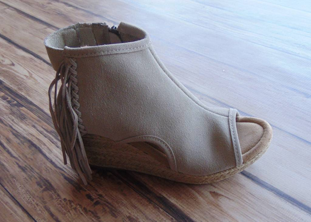 "Minnetonka Moccasins ""Blaire"" Wedges"