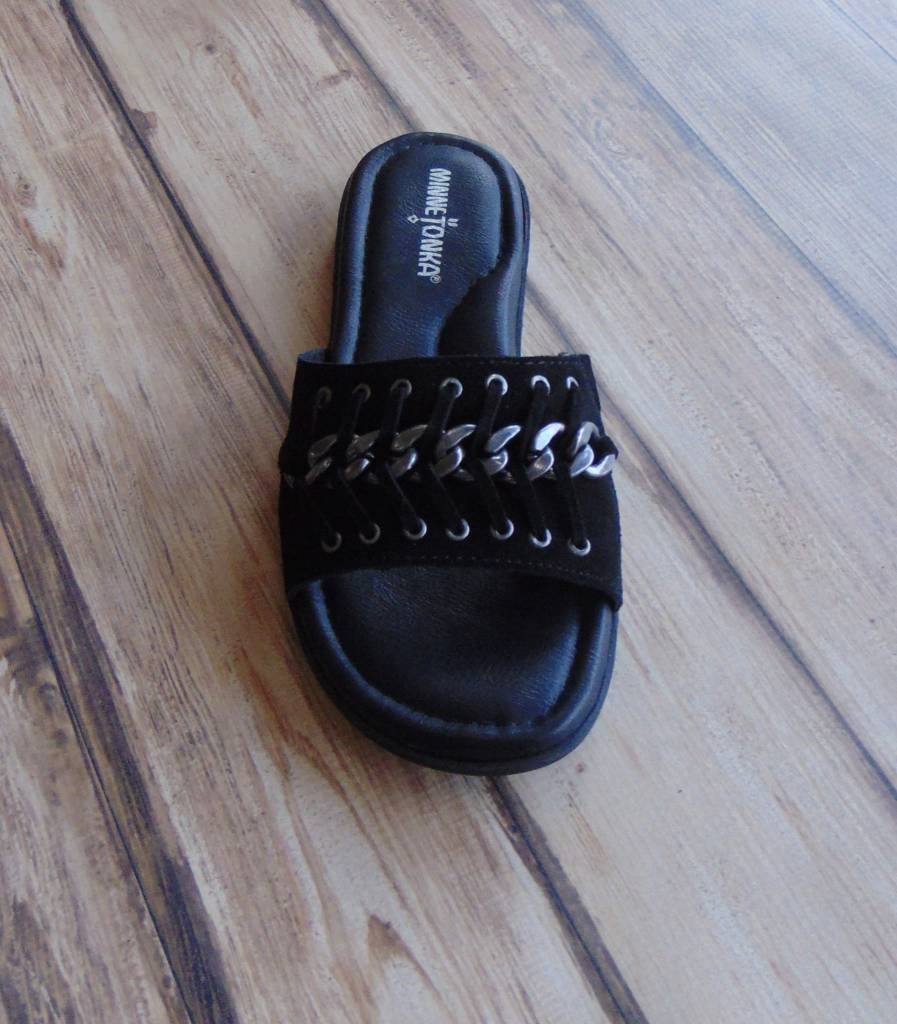 "Minnetonka Moccasins ""Paris"" Slides"