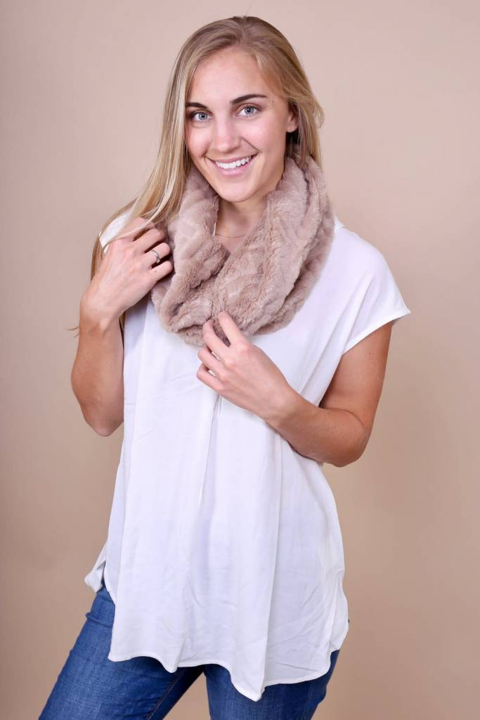 Jayne Faux Fur Collar