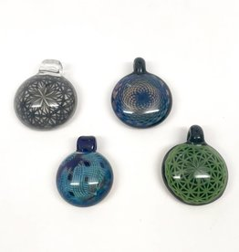Reed Glass Pendant