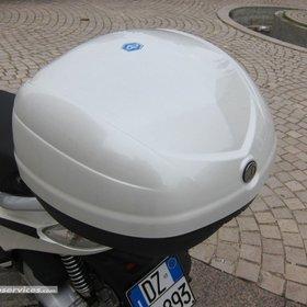 Accessories Top Case Piaggio Fly (2014+) 33 Ltr Pearl White