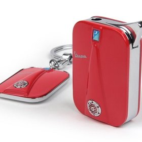 Lifestyle Vespa Legshield Keychain/Lighter Gift Set