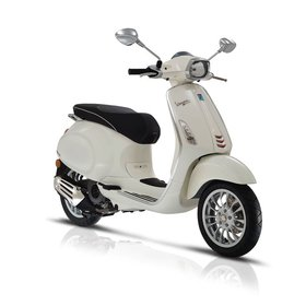 Vehicles 2017 Vespa Sprint 50 - 4V White