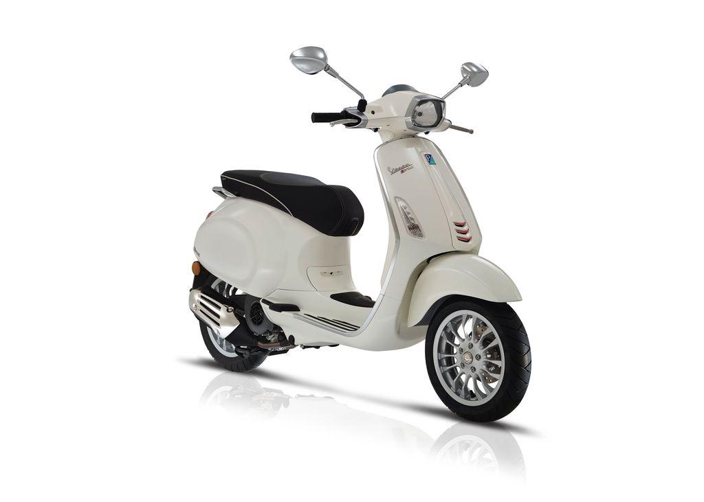 Vehicles 2017 Vespa Sprint 50 - 4V Montebianco