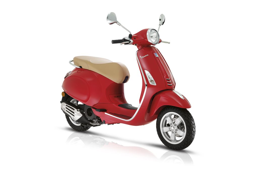 Vehicles 2017 Vespa Primavera 50 - 4V Dragon Red