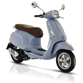 Vehicles 2017 Vespa Primavera 50 - 4V Azzuro Incanto