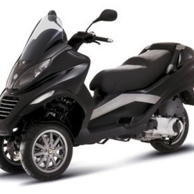 Vehicles 2007 Piaggio MP3-250 (Stock Photo Used)