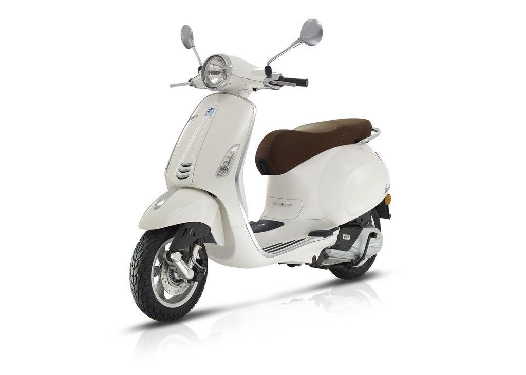Vehicles 2018 Vespa Primavera 150 White