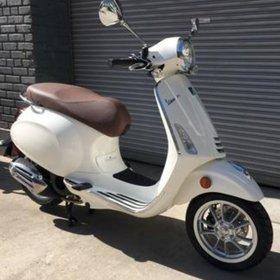 Vehicles Vespa, 2019 Primavera iGET 155cc ABS Montebianco