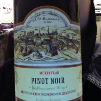 Murfatlar Murfatlar Red Semisweet Red Wine<br /> 2013<br /> Romania