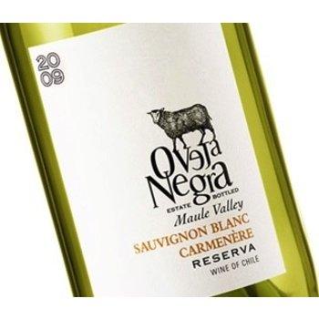 Oveja Oveja Negra Sauvignon Blanc Carmenere Blend 2016  <br /> Maule, Chile