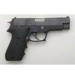 Sigsauer Sig Sauer P220 45acp 4-7rd USED w/ Case