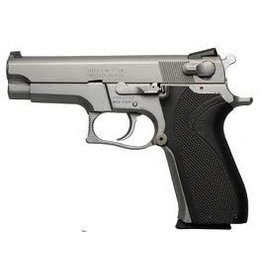 Smith & Wesson Smith & Wesson Model 5906 Stainless 9MM 1-Mags USED