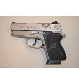 Smith & Wesson Smith & Wesson Model CS40D Chief's Special .40 3-7rd USED