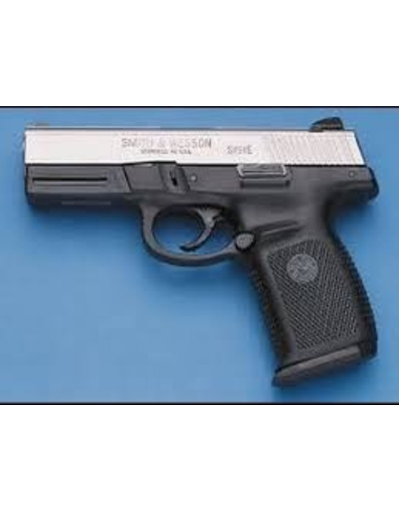 """Smith & Wesson Smith & Wesson SIGMA SW9VE 9mm 4"""" Barrel USED No Case"""