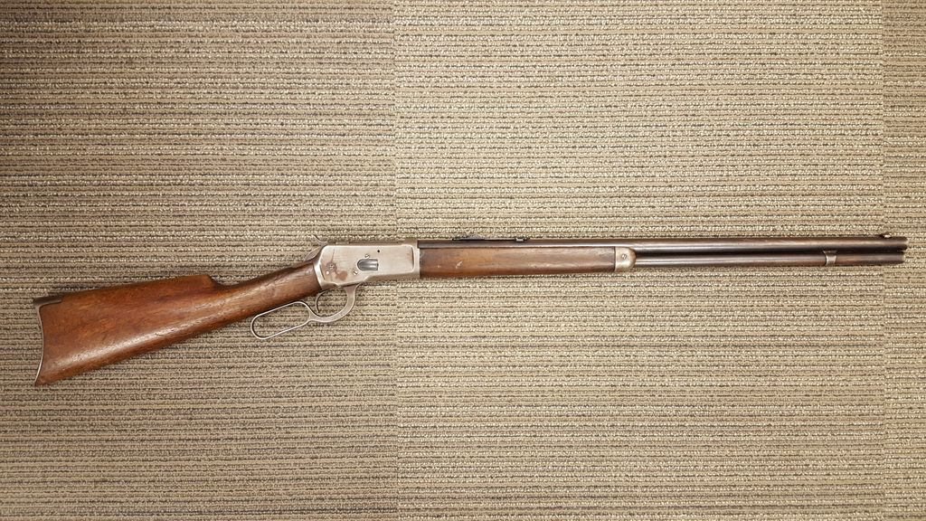 Winchester Winchester 1892 .44/40 Manufactured 1915 All Original with Hard Case USED