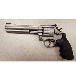"Smith & Wesson Smith & Wesson 617 4"" 22LR SS 10rd w/ Case USED"