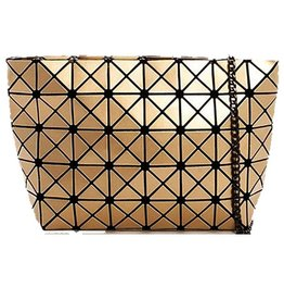 London Clutch with Chain