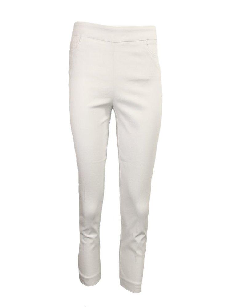 Magic Capri Pant In White