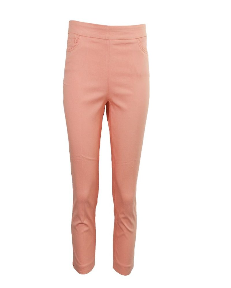 Magic Capri Pant In Peach