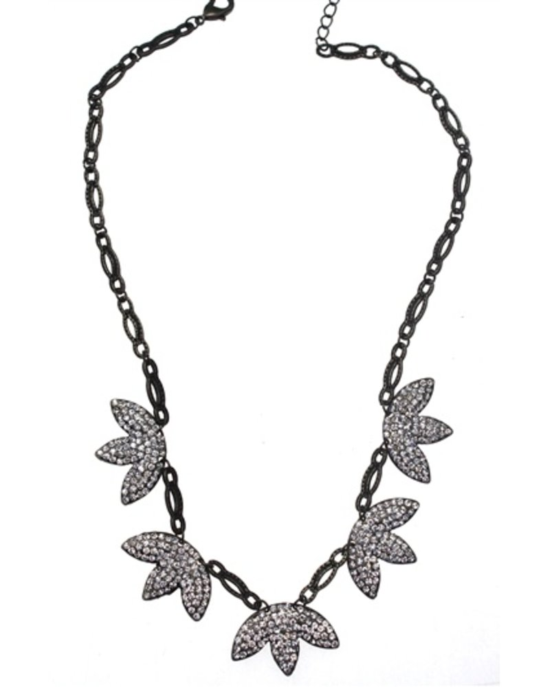 Crystal 3 Leaf Flower Necklace
