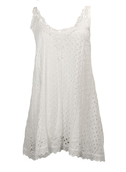 Bella Amore Eyelet Tank In White