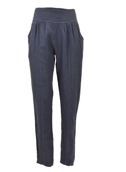 Ella Moda's Pencil Trousers In Navy